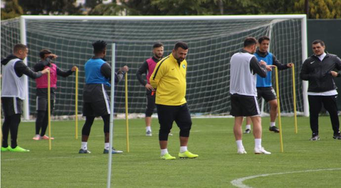 Bülent Uygun: Yeni Malatyaspor'u çıkış maçı olduğunu düşünüyoruz