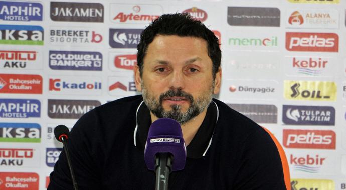 Alanyaspor Teknik Direktör Erol Bulut maç sonu açıklamalarda bulundu