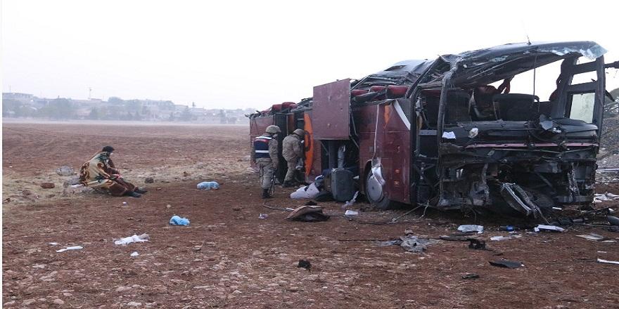 Gün ışıkları Şanlıurfa'da yaşanan otobüs kazasının boyutunu ortaya çıkardı