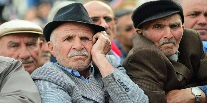 Emekli Olma Yaşı Düşürüldü, Hemen Emekli Olabileceksiniz…