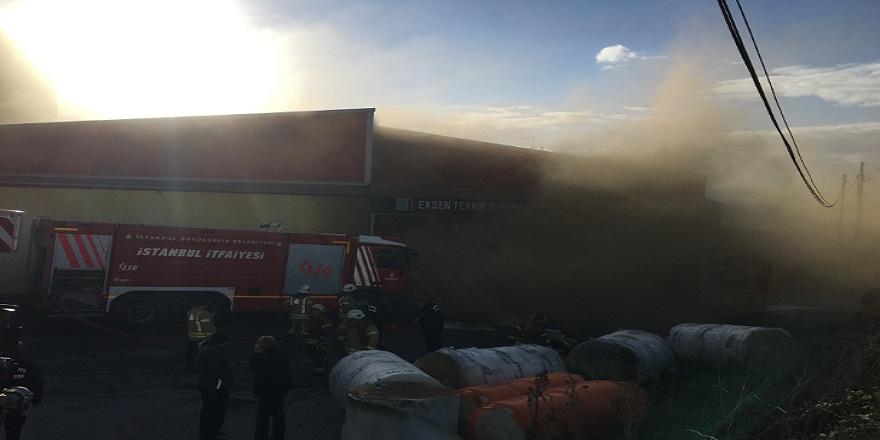 Tuzla sünger fabrikasında yangın!