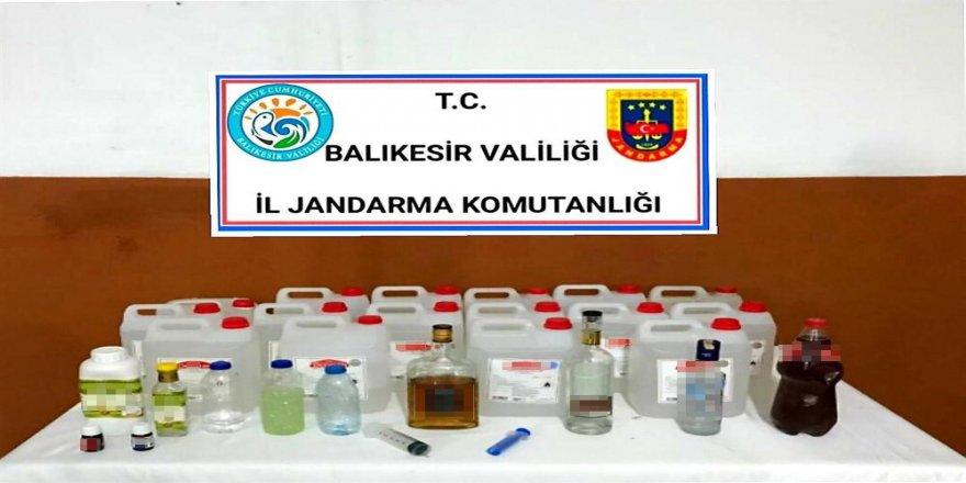 Balıkesir 'de jandarmadan kaçak içki operasyonu