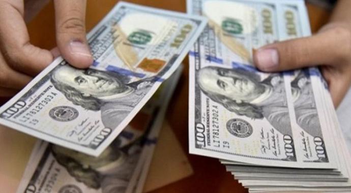 Yılsonu Dolar Kuru Beklentileri Geriledi