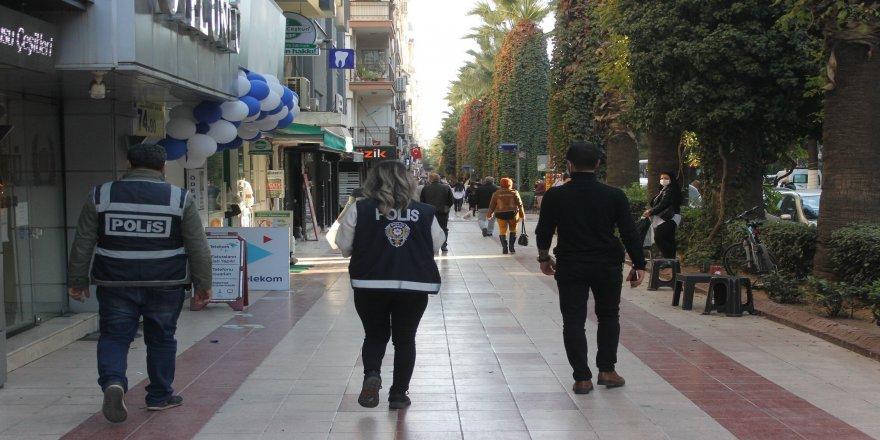 Kovid - 19 denetimleri Aydın'da, sürüyor