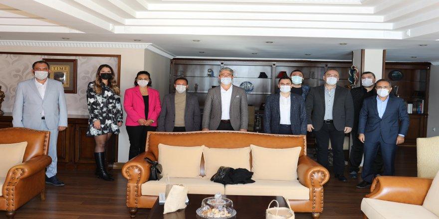 Başkan Oktay ile AK Parti heyeti görüşme sağladı
