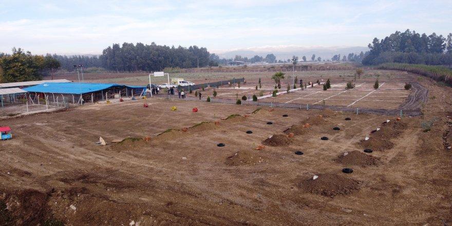 Mersin'in Tarsus ilçesinde, hayvan mezarlığı faaliyete geçti