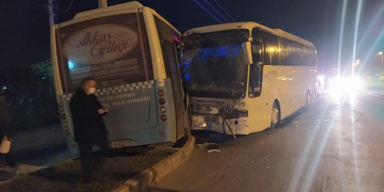 Kütahya'da trafik kazası otobüsler çarpıştı: 12 yaralı