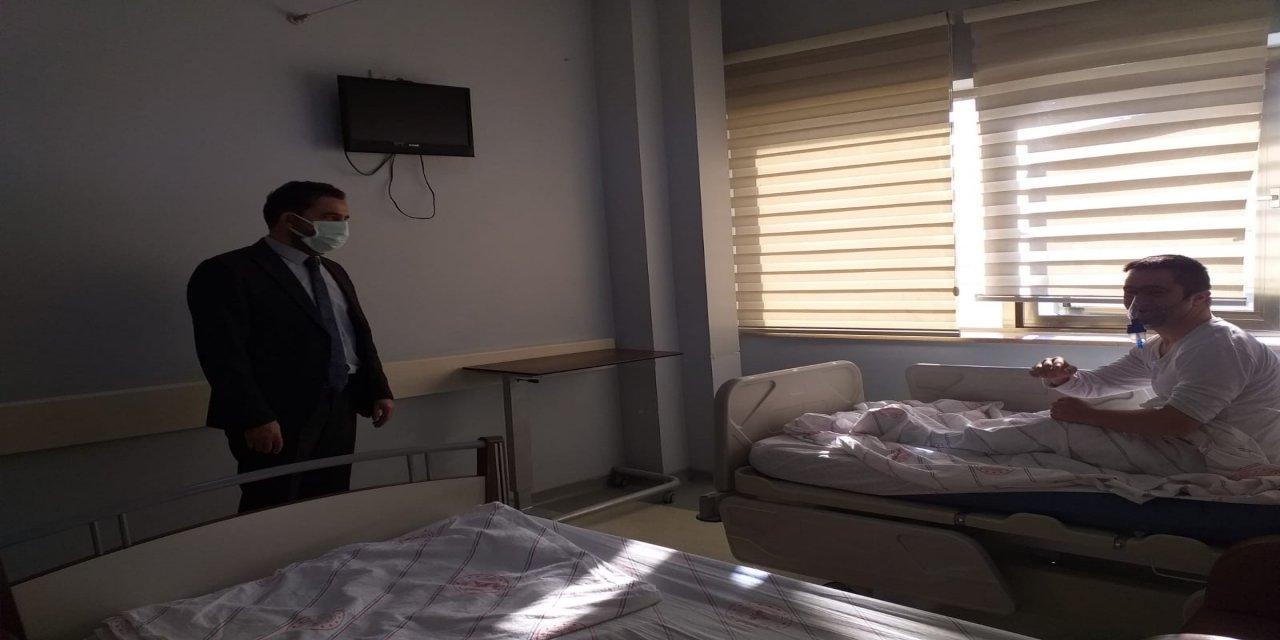 Başhekim Sebahattin Çelik'ten hasta ve personele moral ziyareti
