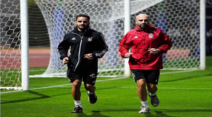 Beşiktaş, Brezilyalı futbolcusu Douglas sezonu kapattı