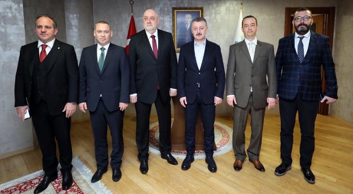Başkan Büyükakın Macar heyeti konuk etti