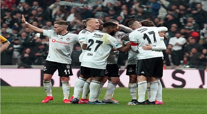 Beşiktaş - Antalyaspor maçı ne zaman? Saat kaçta?