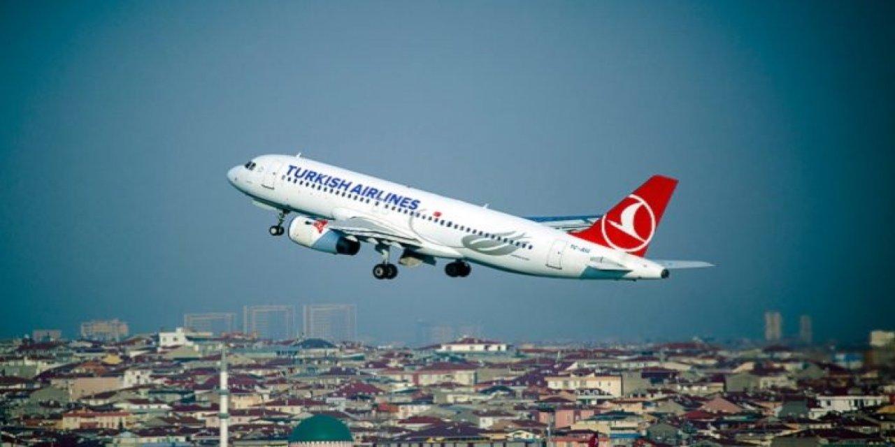 Türk Hava Yolları Uçağı Kuş Sürüsüne Çarptı! Uçak İniş Yapmak Zorunda Kaldı…