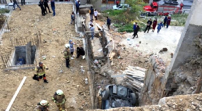 Yanlışlıkla Gaza Basan Sürücü Dehşeti Yaşadı!