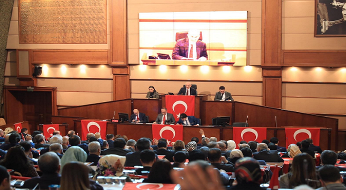 İstanbul Büyükşehir Belediyesi hareketli dakikalar yaşandı