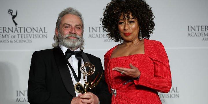 Emmy Ödüllerinde Haluk Bilginer Gururu!