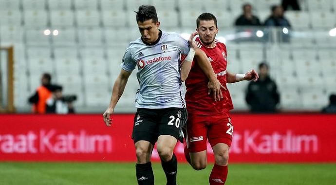 Beşiktaş, Vodafone Park'ta Erzincanspor'u Rahat Geçti!