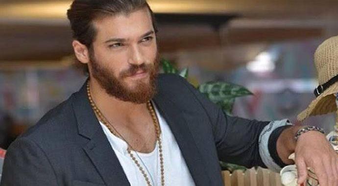 Ünlü Oyuncu Can Yaman, Türkiye'yi terk etti