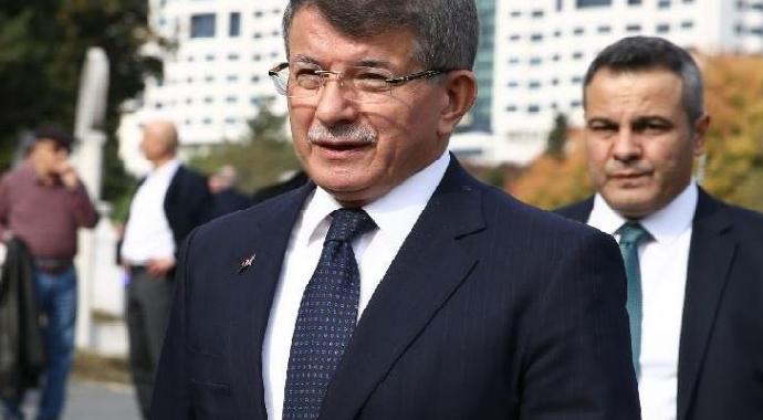 Ahmet Davutoğlu GP Genel Başkanlığı'na seçildi